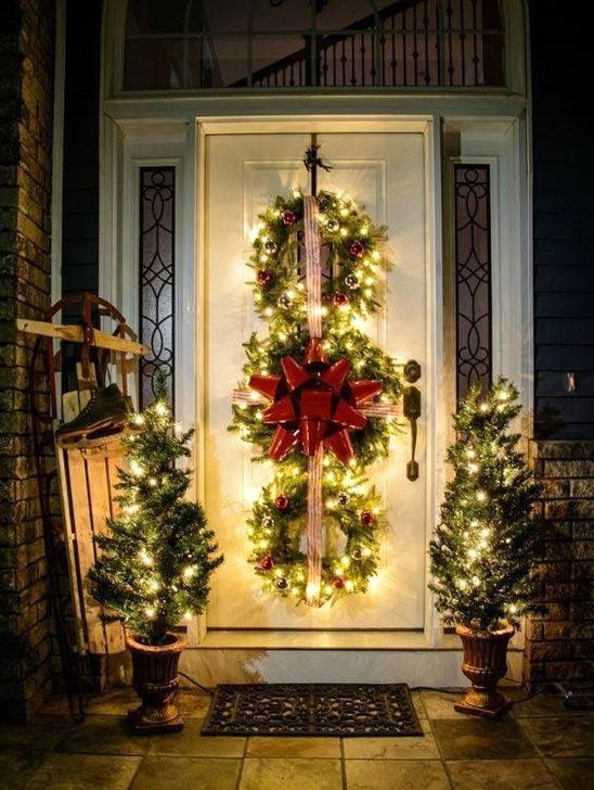 Favorite Christmas Porch Decoration Ideas 48