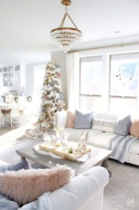 Inspiring Christmas Decoration Ideas For Your Living Room 10