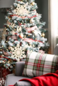 Inspiring Christmas Decoration Ideas For Your Living Room 23