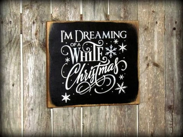 Inspiring Wooden Winter Decoration Ideas 28