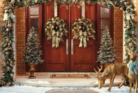 Marvelous Christmas Entryway Decoration Ideas 31