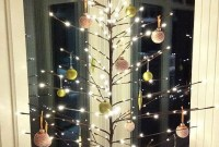 Minimalist Christmas Decoration On A Budget 35