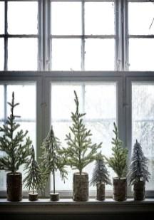 Minimalist Christmas Decoration On A Budget 56