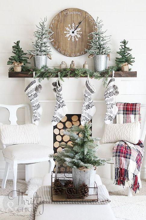 Minimalist Christmas Decoration On A Budget 60