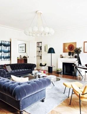 Popular Winter Living Room Design For Inspiration 02