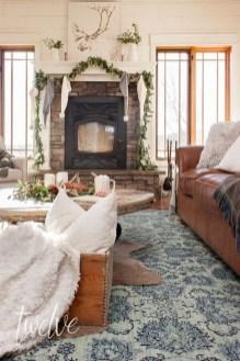 Popular Winter Living Room Design For Inspiration 41