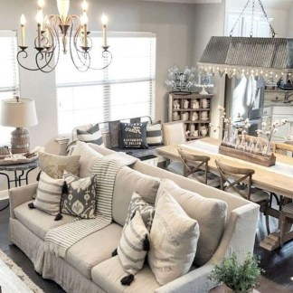 Popular Winter Living Room Design For Inspiration 50