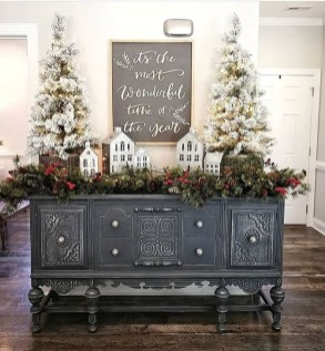 Rustic Farmhouse Christmas Decoration Ideas 39