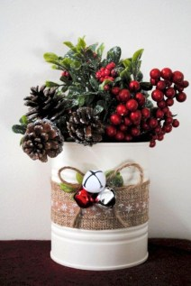 Rustic Farmhouse Christmas Decoration Ideas 42