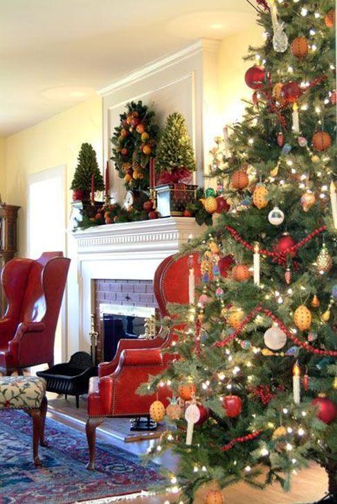 Smart Fireplace Christmas Decoration Ideas 17
