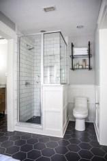 Adorable Beach Bathroom Design Ideas 10