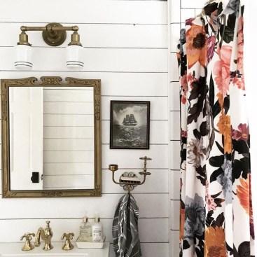 Adorable Beach Bathroom Design Ideas 45