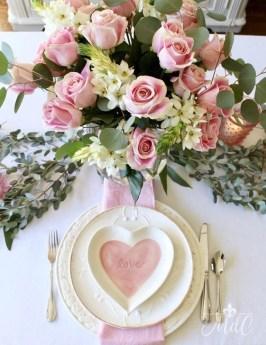Beautiful Valentines Day Table Decoration Ideeas 02