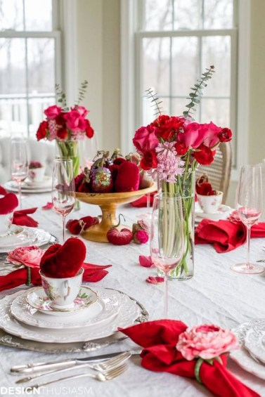 Beautiful Valentines Day Table Decoration Ideeas 26