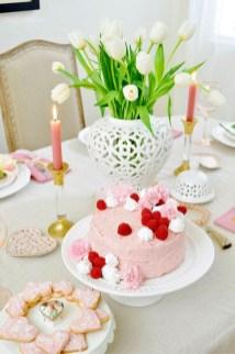 Beautiful Valentines Day Table Decoration Ideeas 28