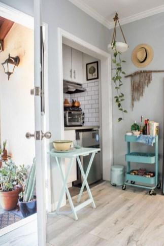 Brilliant Studio Apartment Decor Ideas On A Budget 42