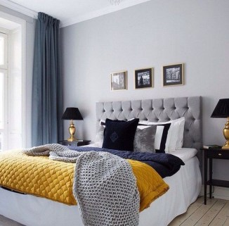 Delightful Yellow Bedroom Decoration And Design Ideas 28
