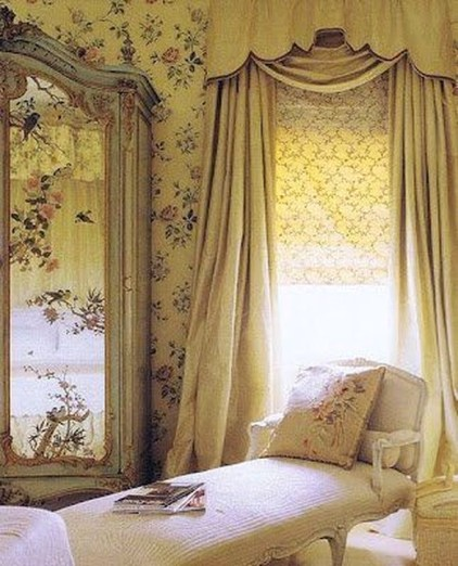 Delightful Yellow Bedroom Decoration And Design Ideas 36