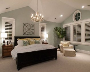 Elegant Small Master Bedroom Inspiration On A Budget 13