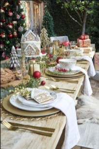 Extraordinary Winter Table Decoration You Can Make 12