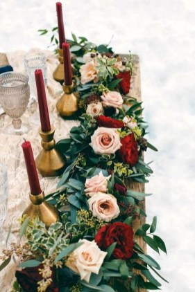 Extraordinary Winter Table Decoration You Can Make 41