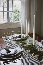 Extraordinary Winter Table Decoration You Can Make 48