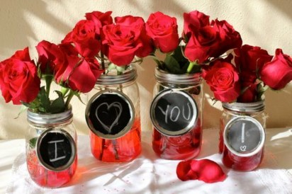 Fabulous Valentines Day Mason Jar Decor Ideas 04