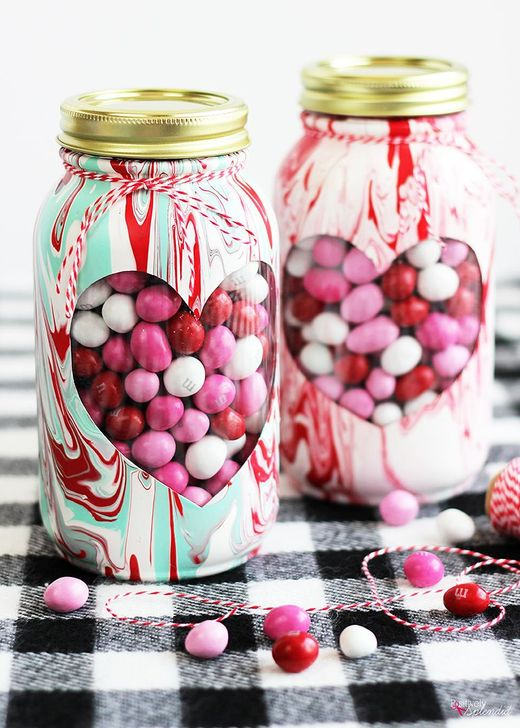 Fabulous Valentines Day Mason Jar Decor Ideas 29