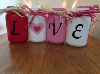 Fabulous Valentines Day Mason Jar Decor Ideas 50