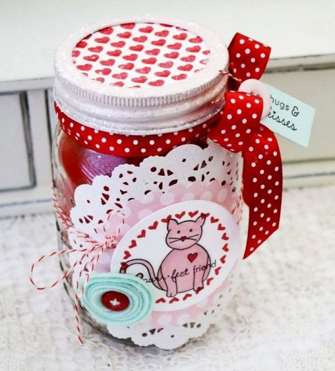 Fabulous Valentines Day Mason Jar Decor Ideas 53