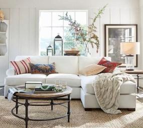 Gorgeous Winter Family Room Design Ideas 02