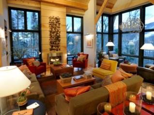Gorgeous Winter Family Room Design Ideas 17