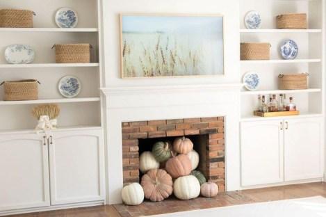 Gorgeous Winter Family Room Design Ideas 40