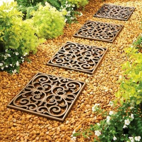 Innovative Stepping Stone Pathway Decor For Your Garden 10