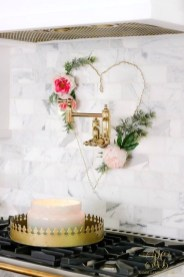 Inspiring Farmhouse Style Valentines Day Decor Ideas 03