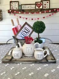 Inspiring Farmhouse Style Valentines Day Decor Ideas 25