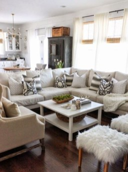 Neutral Winter Decoration Ideas For Your Home 10