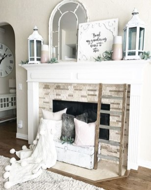 Neutral Winter Decoration Ideas For Your Home 16