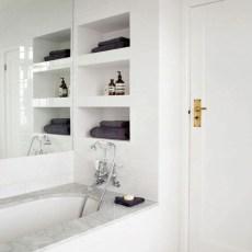 Simple But Modern Bathroom Storage Design Ideas 42