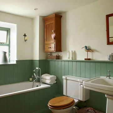 Simple Traditional Bathroom Design Ideas 55