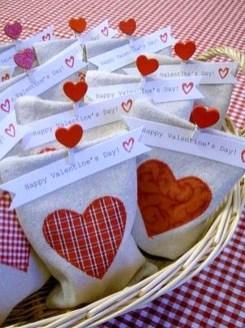 Smart DIY Valentines Gifts For Your Boyfriend Or Girlfriend 15