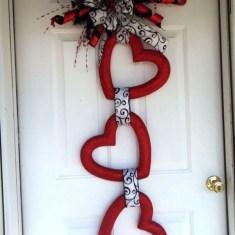 Wonderful DIY Valentines Wreath Decor Ides 10