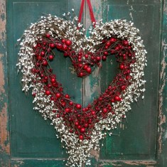 Wonderful DIY Valentines Wreath Decor Ides 14