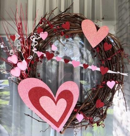 Wonderful DIY Valentines Wreath Decor Ides 15