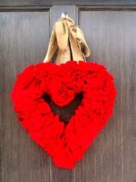 Wonderful DIY Valentines Wreath Decor Ides 25