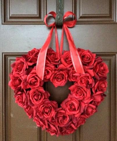 Wonderful DIY Valentines Wreath Decor Ides 39