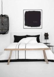 Astonishing Scandinavian Bedroom Design Ideas 29
