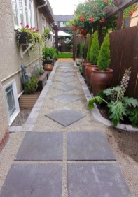 Best DIY Garden Path Designs You Can Bulid To Complete Your Gardens 02
