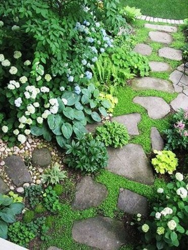 Best DIY Garden Path Designs You Can Bulid To Complete Your Gardens 25