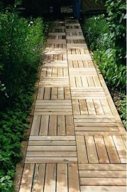 Best DIY Garden Path Designs You Can Bulid To Complete Your Gardens 36